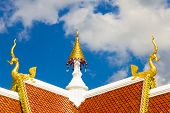 pic of apex  - Gable apex of Thai temple elephant type - JPG