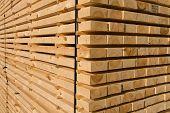 Madeira serrada e madeira