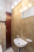 pic of wash-basin  - Spacious apartment  - JPG