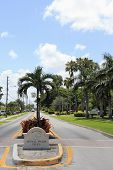 Royal Palm Isles Welcome Sign