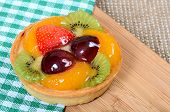 Cake from a shortcake dough with fruit
