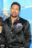 LOS ANGELES - AUG 17:  Manu Bennett at the 2nd Annual Geeky Awards at Avalon on August 17, 2014 in Los Angeles, CA