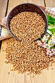 picture of buckwheat  - Buckwheat in a bowl on the table - JPG