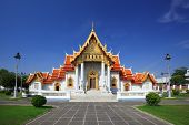 O Templo de mármore (Wat Benchamabophit), Bangkok, Tailândia