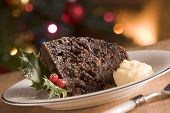Teil des Christmas Pudding mit Brandy butter