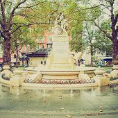 foto of william shakespeare  - Vintage looking Statue of William Shakespeare  - JPG
