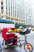 foto of rickshaw  - Avenue of Americas 6th Av new york rickshaw bike Manhattan - JPG