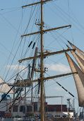 picture of mast  - Ship Mast in front of a cloudless sky - JPG