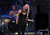 Courtney Love und ihre Band-Loch