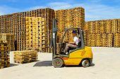 Forklift Handling