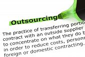 Outsourcing definitie