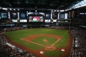 Diamondbacks versus Braves im Chase Field, Phoenix