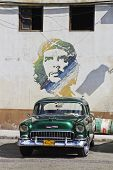 Green Classic Cuban Car And Che Mural
