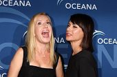 LOS ANGELES - OCT 30:  Angela Kinsey, Constance Zimmer at the Oceana's Partners Awards Gala 2013 at