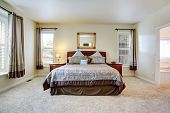 foto of master bedroom  - Elegant master bedroom with rich furniture set and beautiful bedding - JPG