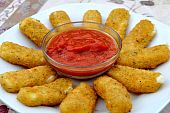 Mozarella Sticks with Marinera Sauce