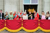 Постер, плакат: Trooping Of The Colour Balcony 2015