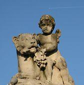 Standbeeld In de Royal Parc In Brussel