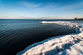 Ontario-See im winter