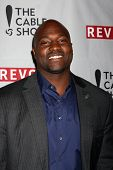 LOS ANGELES - APR 30:  Marcellus Wiley at the NCTA's Chairman's Gala Celebration of Cable with REVOL