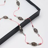 Dangling Gift-boxed Beaded Necklace (1:1 Aspect Ratio)
