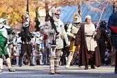 Star Wars Characters Walk In Atlanta Christmas Parade