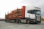 Scania R480 Heavy Truck Hauls Timber
