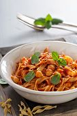 foto of cardamom  - Pasta with tomato sauce - JPG