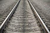 moderne Bahngleis und Schotter