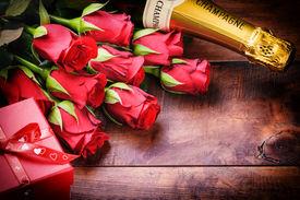 pic of champagne color  - Valentine - JPG