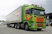 Scania R520 Euro 6 V8 Semi Truck