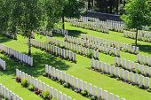 foto of butts  - Buttes New British Cemetery world war 1 - JPG