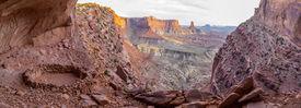 pic of cave-dweller  - Anasazi Indian Ruins At False Kiva Canyonlands  - JPG