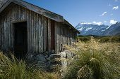 picture of hookers  - Old trampers hut in mountains - JPG