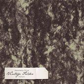 seamlessly tiling vintage folder pattern