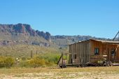 picture of superstition mountains  - Old cabin with Arizona - JPG