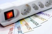 Power strip and money