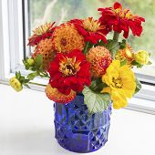 Home style fall bouquet with garden flowers.