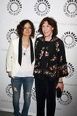 LOS ANGELES - JUL 16:  Sara Gilbert, Lily Tomlin arrives at