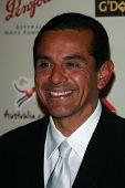 Mayor Antonio Villaraigosa at the G'Day USA Penfolds Black Tie Icon Gala. Hyatt Regency Century Plaz
