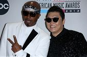 MC Hammer, Psy at the 40th American Music Awards Press Room, Nokia Theatre, Los Angeles, CA 11-18-12