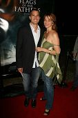 Timothy Olyphant and wife Alexis at the premiere of