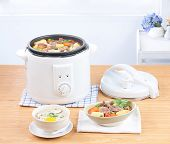 Rice cooking and electric casserole pot