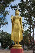 Buddha statue at Wat Lard Sai