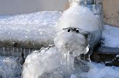 pic of downspouts  - Frozen water in the downspout in the winter in Russia - JPG