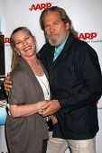 LOS ANGELES - AUG 1:  Susan Bridges, Jeff Bridges at the AARP Luncheon IHO Jeff Bridges at the Spago on August 1, 2014 in Beverly Hills, CA
