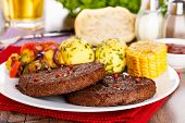 Beefsteaks With Grilled Veggies