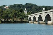 Memorial Bridge And Robert E Lee Mansion
