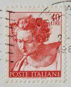 Italia - alrededor de 1961: Un sello impreso en espectáculos de Italia Daniel fragmento del techo pintado de la Sixtina