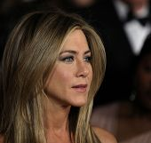 LOS ANGELES - JAN 28:  JENNIFER ANISTON arriving to Director's Guild Awards 2012  on January 28, 201